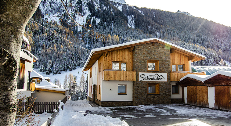 ferienwohnungen apartments sauna in ischgl mathon haus schneider. Black Bedroom Furniture Sets. Home Design Ideas
